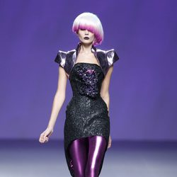 Vestido y leggins de la colección primavera/verano 2014 de Maya Hansen en Madrid Fashion Week