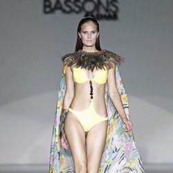 Triquini amarillo de la colección primavera/verano 2014 de Montse Bassons en Madrid Fashion Week
