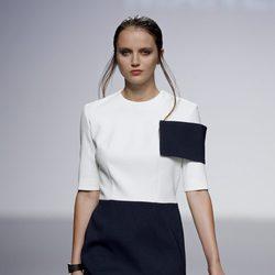 Look bicolor de la colección primavera/verano 2014 de Manémané en la pasarela EGO Madrid Fashion Week