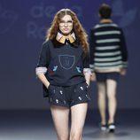 Sudadera de la colección primavera/verano 2014 de Andrea de la Roche en el EGO Madrid Fashion Week
