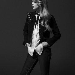 Laura Hayden con pantalón y chaqueta de la colección otoño/invierno 2013 de Levi's