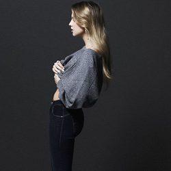 Laura Hayden de perfil en una imagen de la campaña otoño/invierno 2013 de Levi's