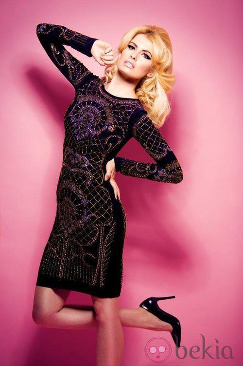 Adriana Abenia con un vestido negro de la colección otoño/invierno 2013/2014 de Barbarella