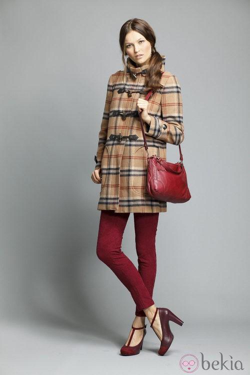 Pantalón rojo de la colección otoño/invierno 2013/2014 de Indi&Cold
