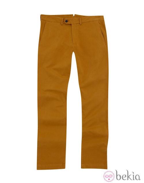 Pantalón color mostaza de la colección otoño/invierno 2013/2014 de Emidio Tucci