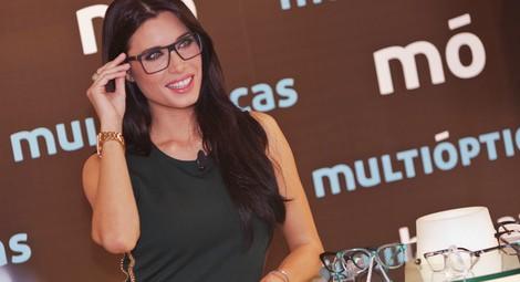 Pilar Rubio presenta los nuevos modelos de gafas de Multiópticas