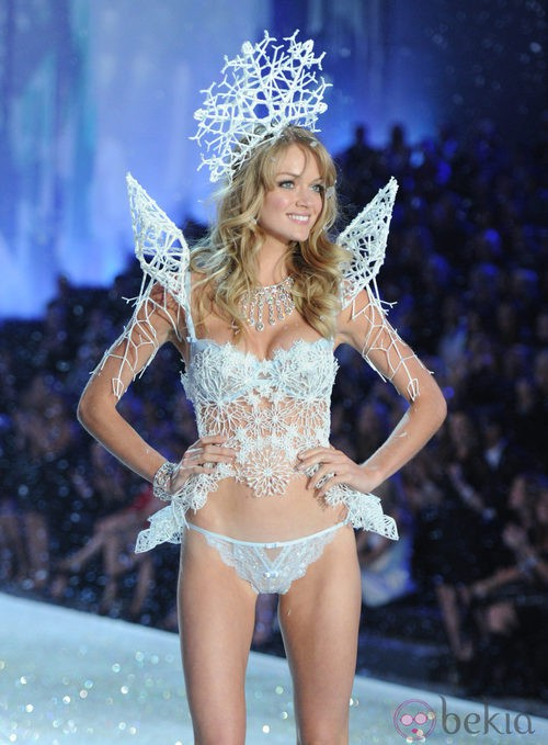 Lindsay Ellingson en el Victoria's Secret Fashion Show 2013