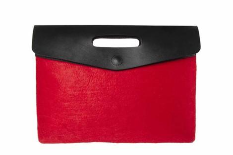 Clutch rojo y negro de la colección otoño/invierno 2013/2014 de Asos