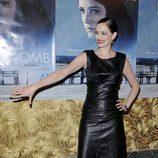Eva Green con vestido de cuero en la première de 'WOMB'