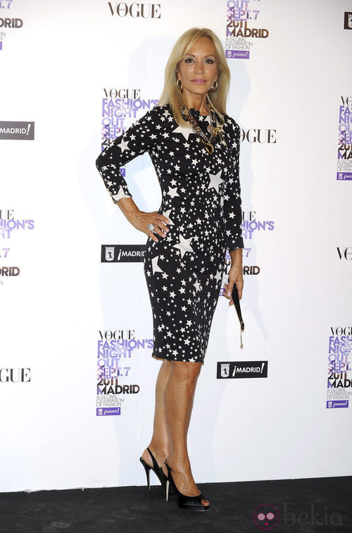Carmen Lomana de Dolce & Gabbana en la Vogue Fashion's Night Out 2011