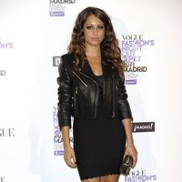 Hiba Aboukhris con chaqueta de cuero de Loewe en la Vogue Fashion's Night Out 2011