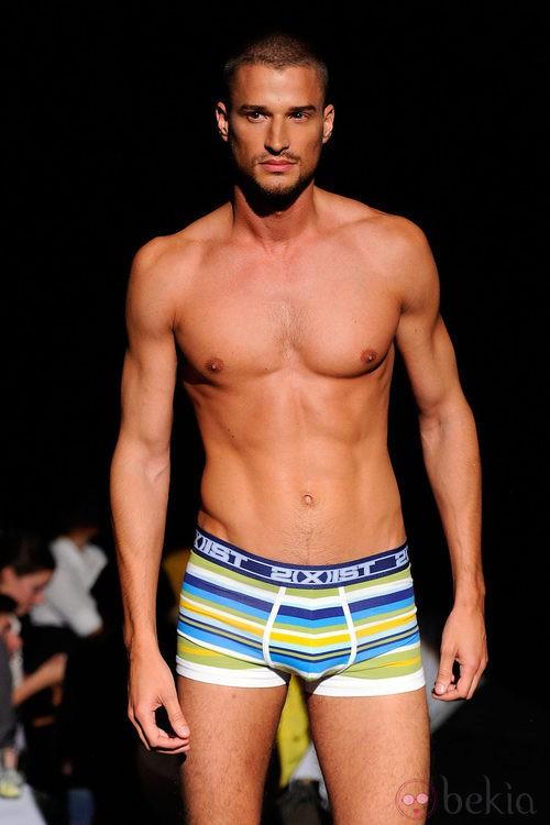Boxer multicolor a rayas de 2(X)ist para verano de 2012