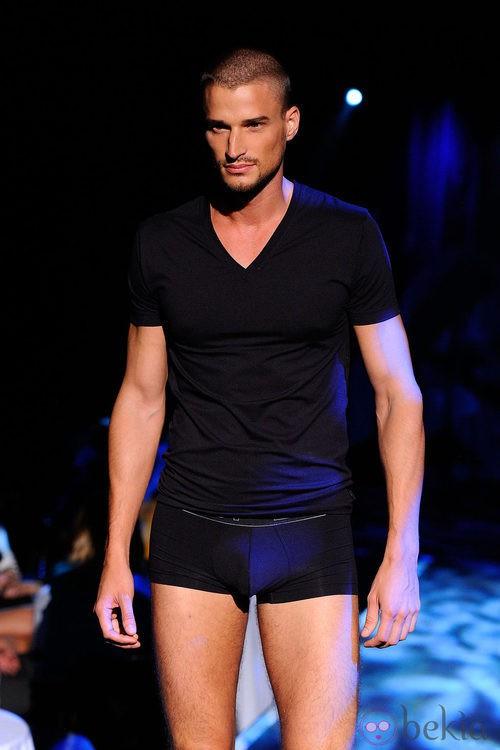 Conjunto de ropa interior negra para hombre de 2(X)ist para verano de 2012