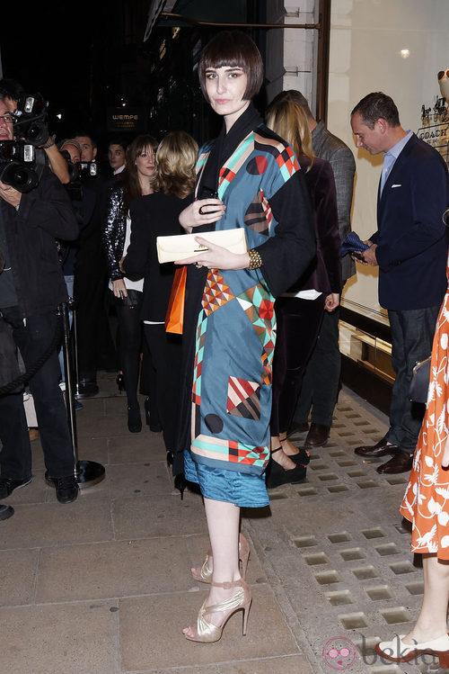 Erin O'Connor durante la Vogue Fashion's Night Out 2011 de Londres