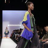 Vestido con estampado geométrico de BCBG Max Azria, colección primavera de 2012