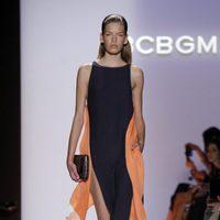 Vestido con aberturas de BCBG Max Azria, colección primavera de 2012