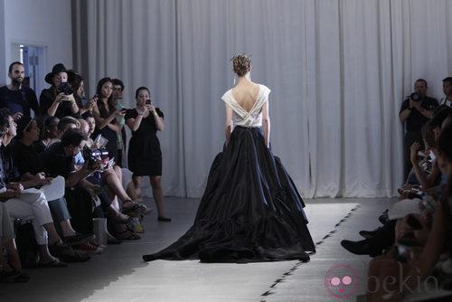 Diseño bicolor de Jason Wu, colección primavera de 2012