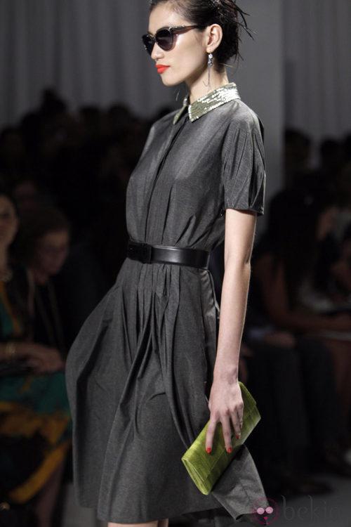 Vestido gris de Jason Wu, colección primavera de 2012