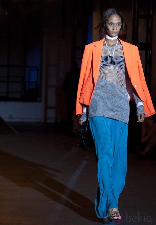 Jersey calado con maxifalda de Rag & Bone, colección primavera de 2012