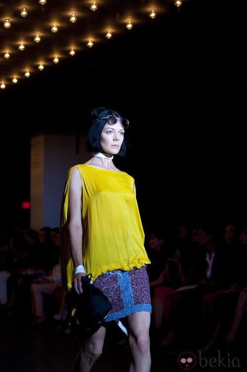 Top amarillo de Rag & Bone, colección primavera de 2012