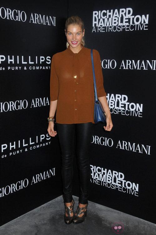 Jessica Hart en la fiesta Elle FASHION/NEXT durante la Semana de la Moda de Nueva York