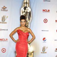 Eva Longoria de Oscar de la Renta en los premios ALMA 2011