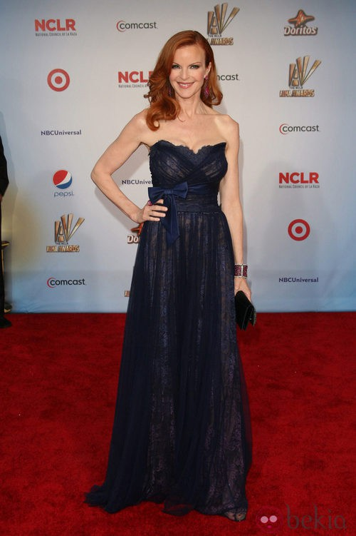Marcia Cross de Jean Fares Couture en los premios ALMA 2011