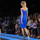 Vestido azul de Monique Lhuillier, colección primavera de 2012