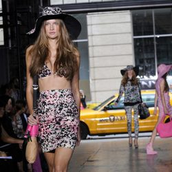 Bikini estampado de DKNY, colección primavera 2012