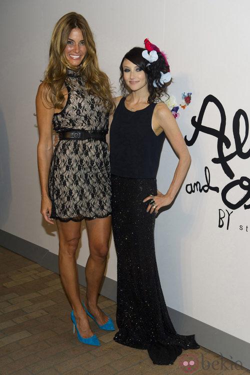 Kelly Bensimon y la diseñadora Stacey Bendet en la presentación de su colección para primavera de 2011
