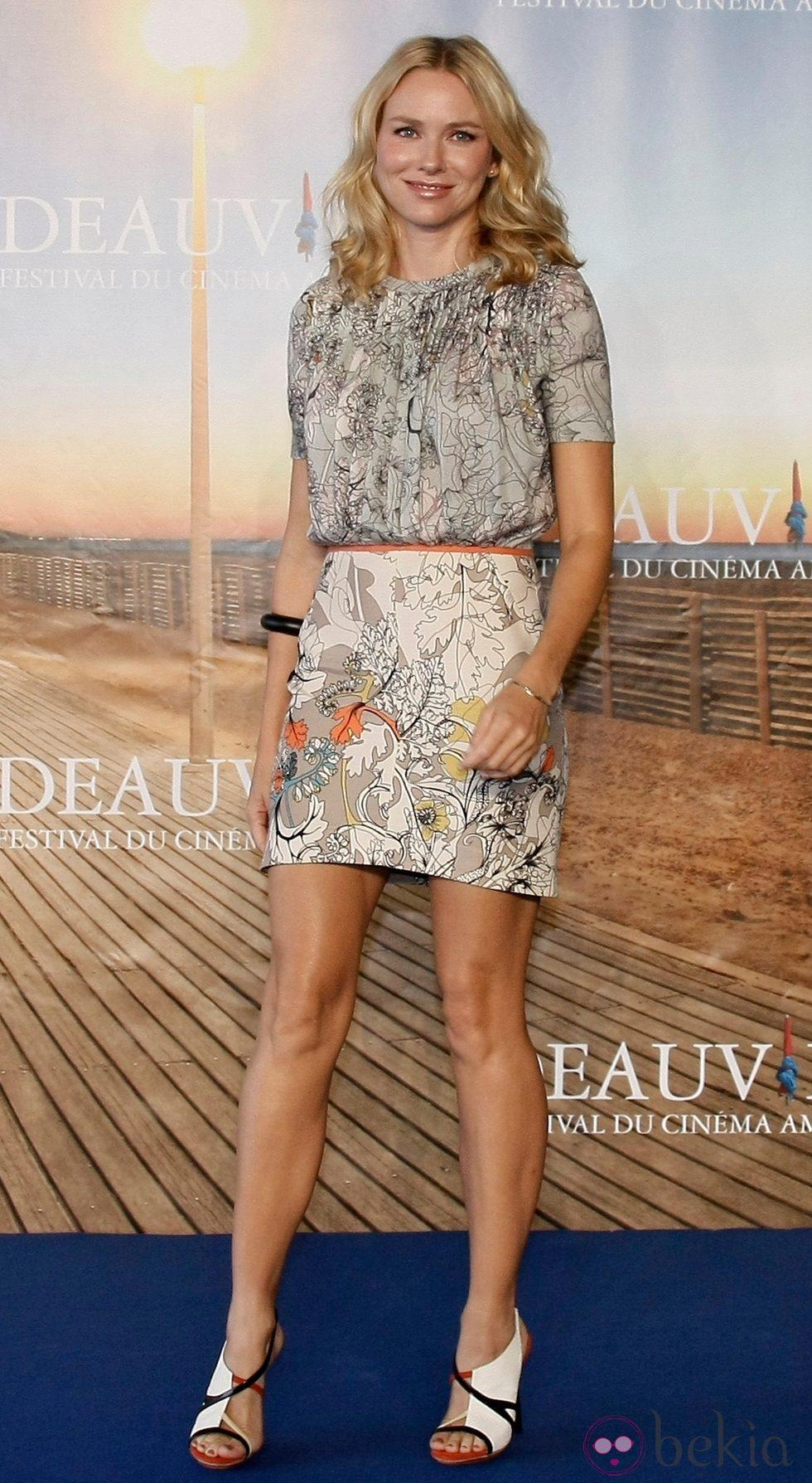 Naomi Watts de Cacharel en el Festival de Deauville