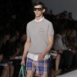 Bermudas de cuadros para hombre de Marc by Marc Jacobs, colección primavera 2012