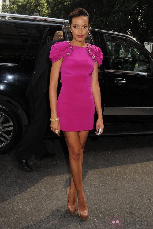 Selita Ebanks en la  Semana de la Moda, colecciones de primavera de 2012