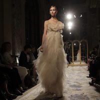 Vestido cubierto de tul de Marchesa, colección primavera de 2012