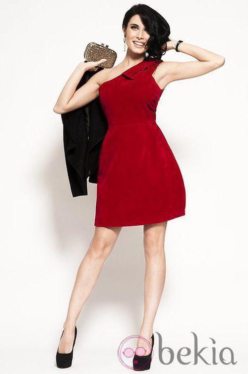 Pilar Rubio con un vestido rojo de Trakabarraka