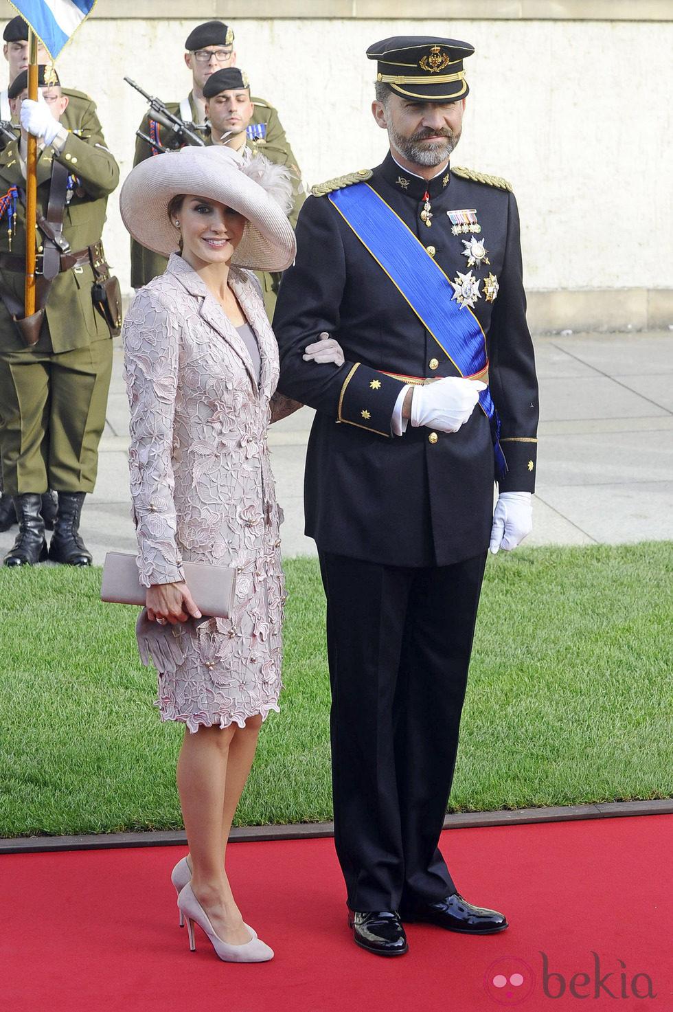 La Princesa Letizia vestida de Felipe Varela en la Boda Real de Luxemburgo