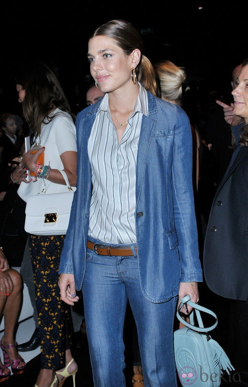 Carlota Casiraghi con un total look denim