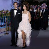 Carlota Casiraghi con vestido tail-hem de Chanel