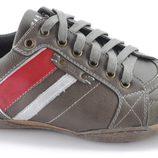 Zapatillas de color taupé de la colección otoño/invierno 2013/2014 de Xti