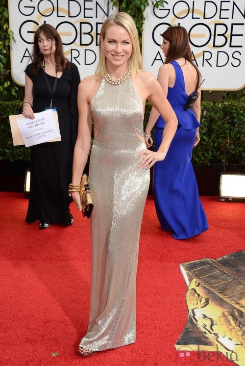 Naomi Watts con un vestido de Tom Ford en la alfombra roja de los Globos de Oro 2014