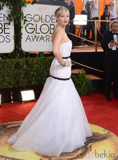 Jennifer Lawrence de Dior en la alfombra roja de los Globos de Oro 2014