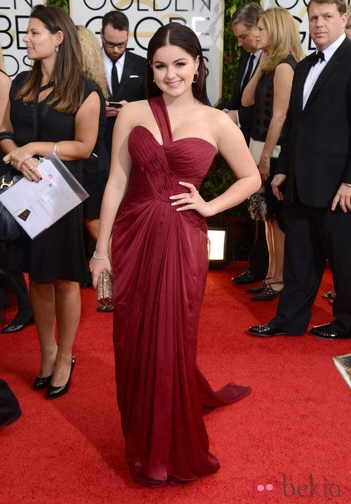 Ariel Winter con un vestido de Mikael D en la alfombra roja de los Globos de Oro 2014
