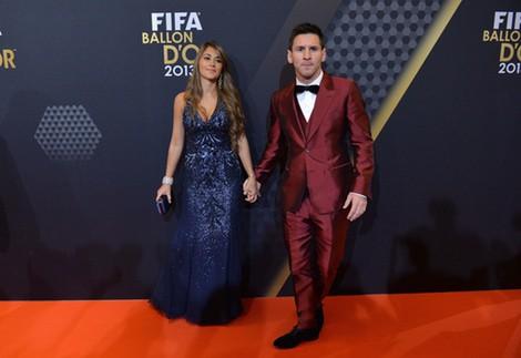 Lionel Messi y Antonella Roccuzzo en la gala del Balón de Oro 2013