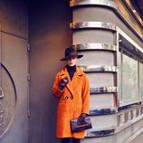 Abrigo oversized de la colección invierno 2014 de Laura Bernal