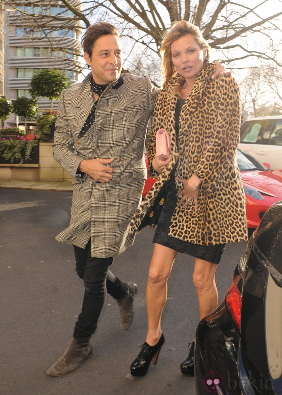 Kate Moss y su marido Jamie Hince salen a comer el día del cumpleaños de la modelo