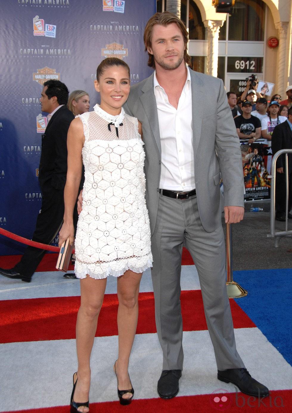 Elsa Pataky con un little white dress en la premiere de 'Capitán América: El primer vengador'
