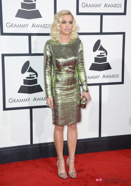 Rita Ora con un vestido de Lanvin en la alfombra roja de los Premios Grammy 2014