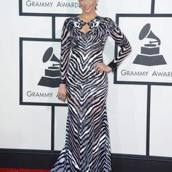 Looks de las celebrities en la alfombra roja de los Premios Grammy 2014