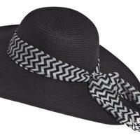 Sombrero de la línea 'Nautical' de la colección primavera/verano 2014 de Claire's
