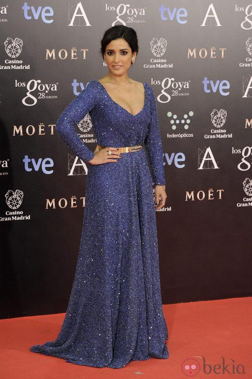 Inma Cuesta con un vestido de Iván Campaña en la alfombra roja de los Goya 2014